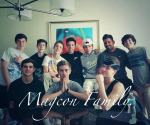 vine, cameron dallas, and taylor caniff image
