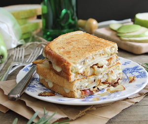 bacon, brie, and sandwich image