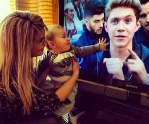 niall horan, one direction, and theo horan image