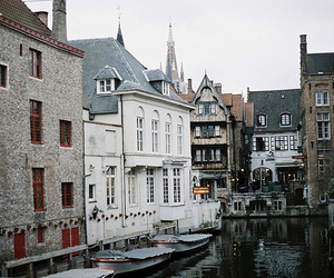 vintage, city, and house image