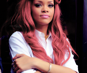 rihanna, hair, and red image