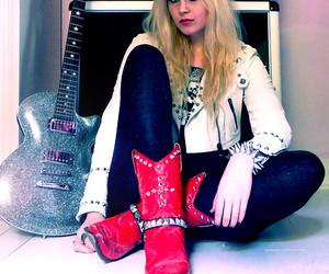 blond, fashion, and glitter image