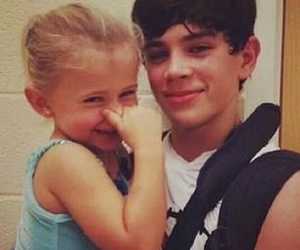 cute, hayes, and hayes grier image