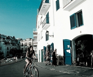bicycle, blue, and azúl image