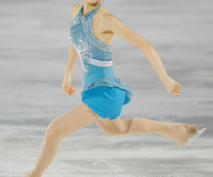 figure skating, Queen, and kim yuna image
