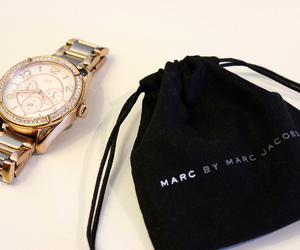 marc jacobs and watch image