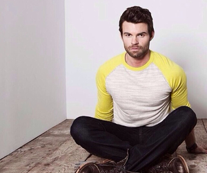 daniel gillies, The Originals, and the vampire diaries image
