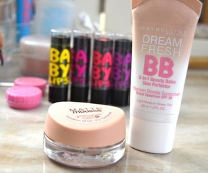 makeup, baby lips, and hipster image