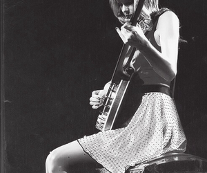 concert, music, and taylor image