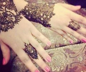 henna and حناء image