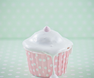 cupcake, frosting, and pastel image