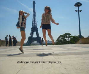 best friend, eiffel tower, and photographie image