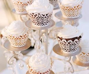 cupcakes, cute, and wedding image