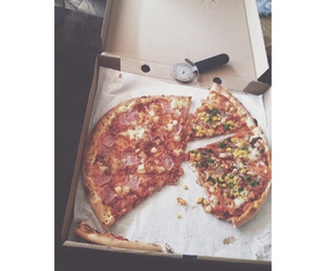 pizza, yum, and i love pizza image