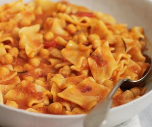 italian, pasta, and tomato image