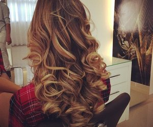 curls and ombre image