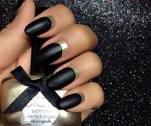 gold and nails image