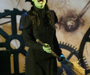 broadway, idina menzel, and theatre image