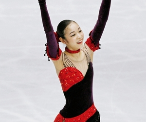figure skating, ice skate, and Queen image