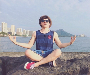 hawaii, jc caylen, and o2l image