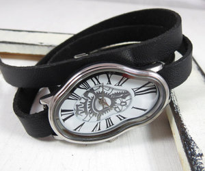 fashion accessories, leather goods, and women wrist watch image