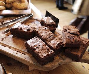 food, chocolate, and brownie image