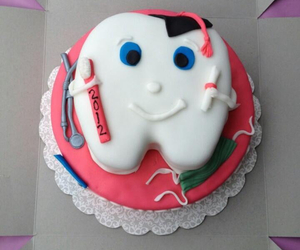 cake and dentist image
