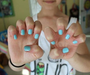nails and quality image