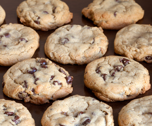 chocolate, chocolate chip, and cookie image