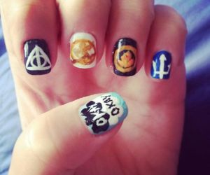 fandom, harry potter, and hunger games image