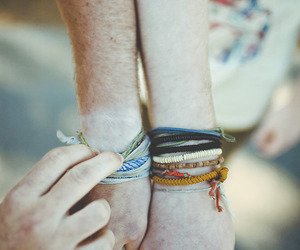 bracelet, vintage, and hands image