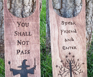 door hanger, lord of the rings, and wooden image