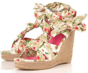floral, heels, and wedges image