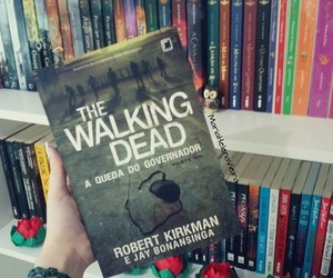 books, the walking dead, and love image