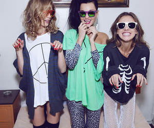 girl, friends, and wildfox image