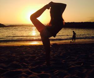 beach, cheer, and playa image