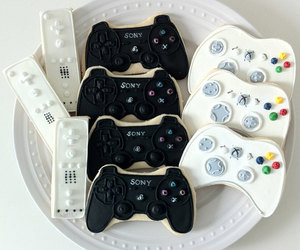 wii, Cookies, and xbox image