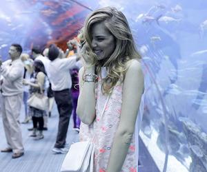 chiara ferragni, cute, and aquarium image