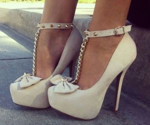 classy, fashion, and high heels image