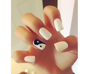 nails and yinyang image