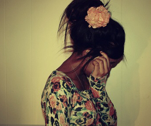 floral, flower, and hair image