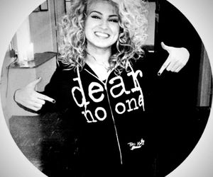 curly hair, tori kelly, and dear no one image