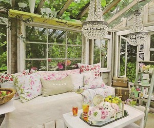 shabby chic and garden room image