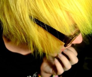 bright, scene, and yellow hair image