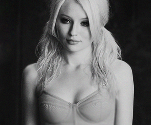 emily browning, sucker punch, and blonde image