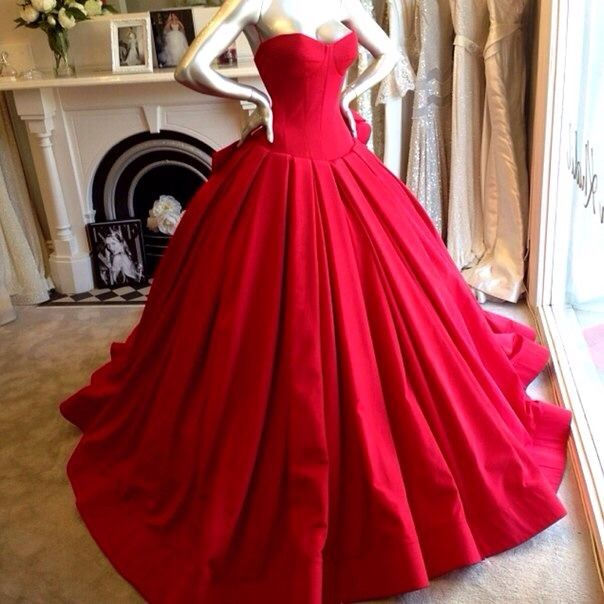 Old fashioned red ball gown | In the red | Pinterest