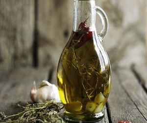food and olive oil image