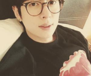 boyfriend and donghyun image