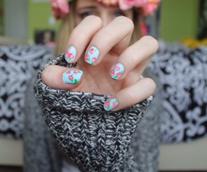 floral, quality tumblr, and nails image