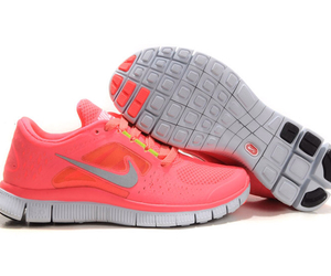 nike and nike free run 3 image